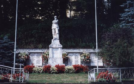 Neuhaus was monument